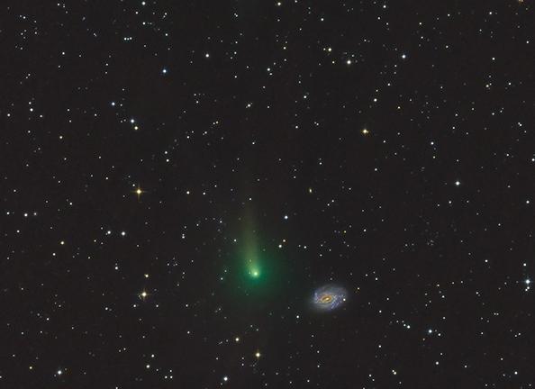komet-K1PANSTARRS-galaksijaNGC3726