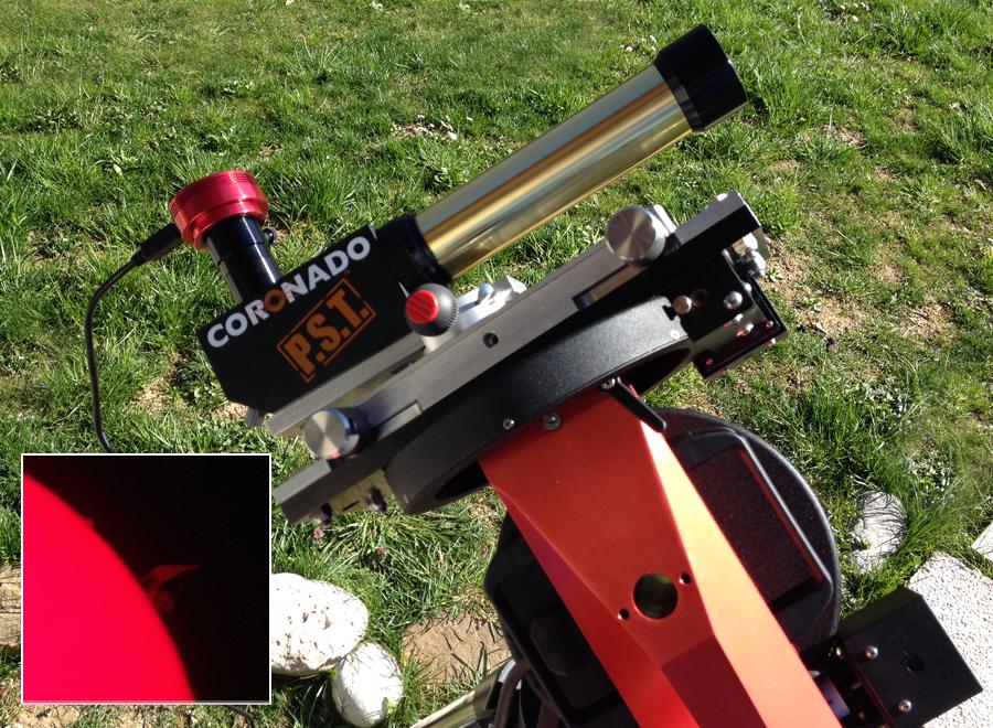 Solarni H-alpha teleskop PST za varno opazovanje in fotografiranje Sonca.